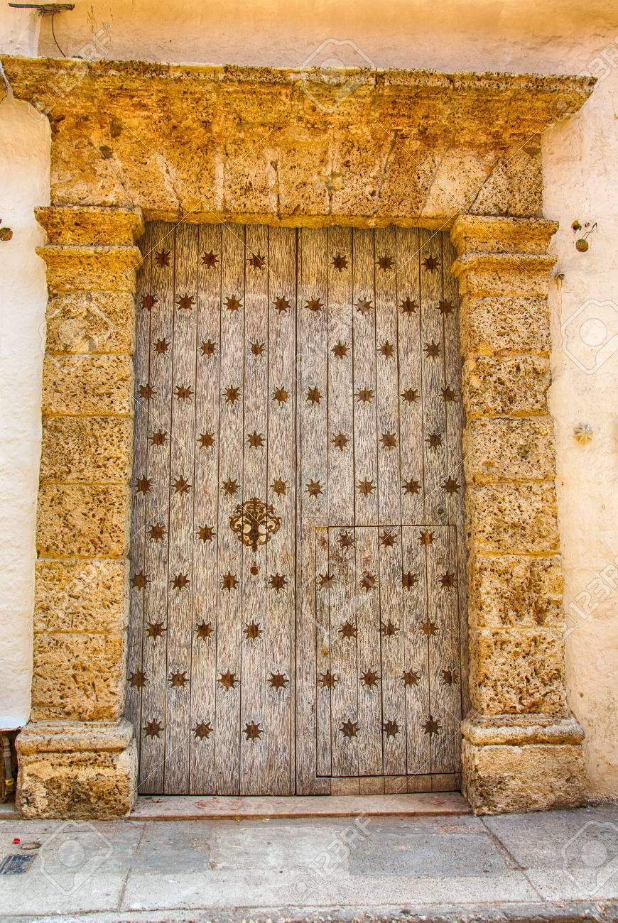 Stock Photo - The ornate and historic doors of Cartagenau0027s colorful old city streets.  sc 1 st  123RF.com & The Ornate And Historic Doors Of Cartagenau0027s Colorful Old City ...