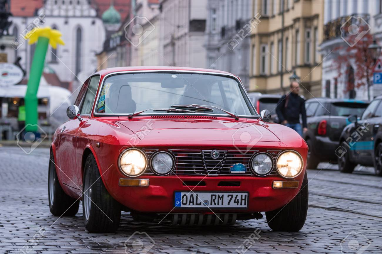 augsburg, germany - october 1, 2017: alfa romeo 2000 gt veloce