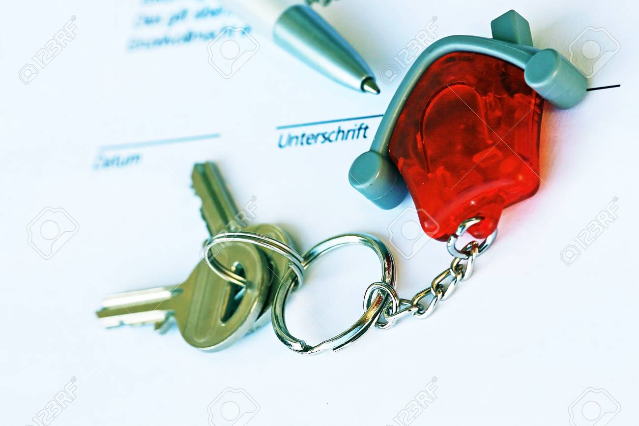The key to the house Stock Photo - 16627157