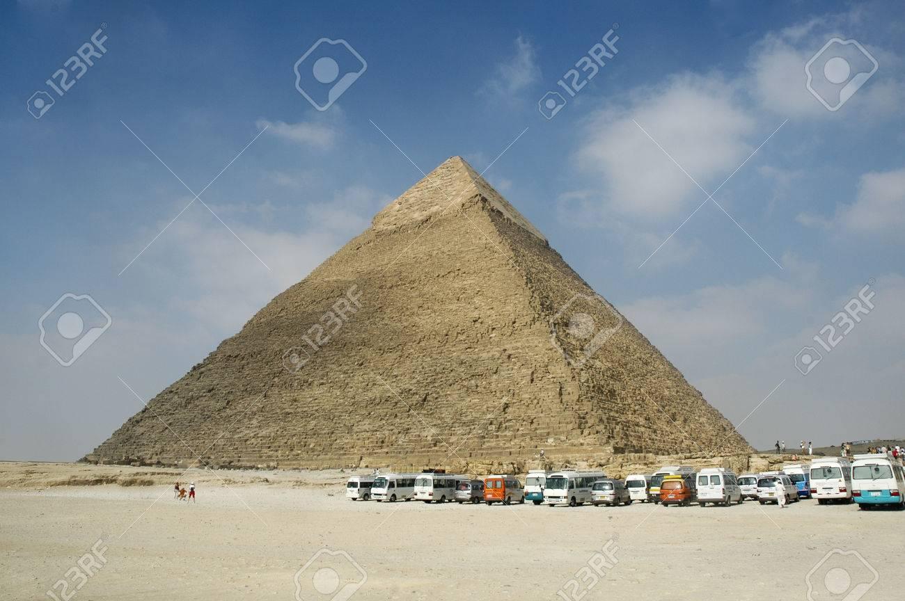 ピラミッド、古代エジプトのピラ...