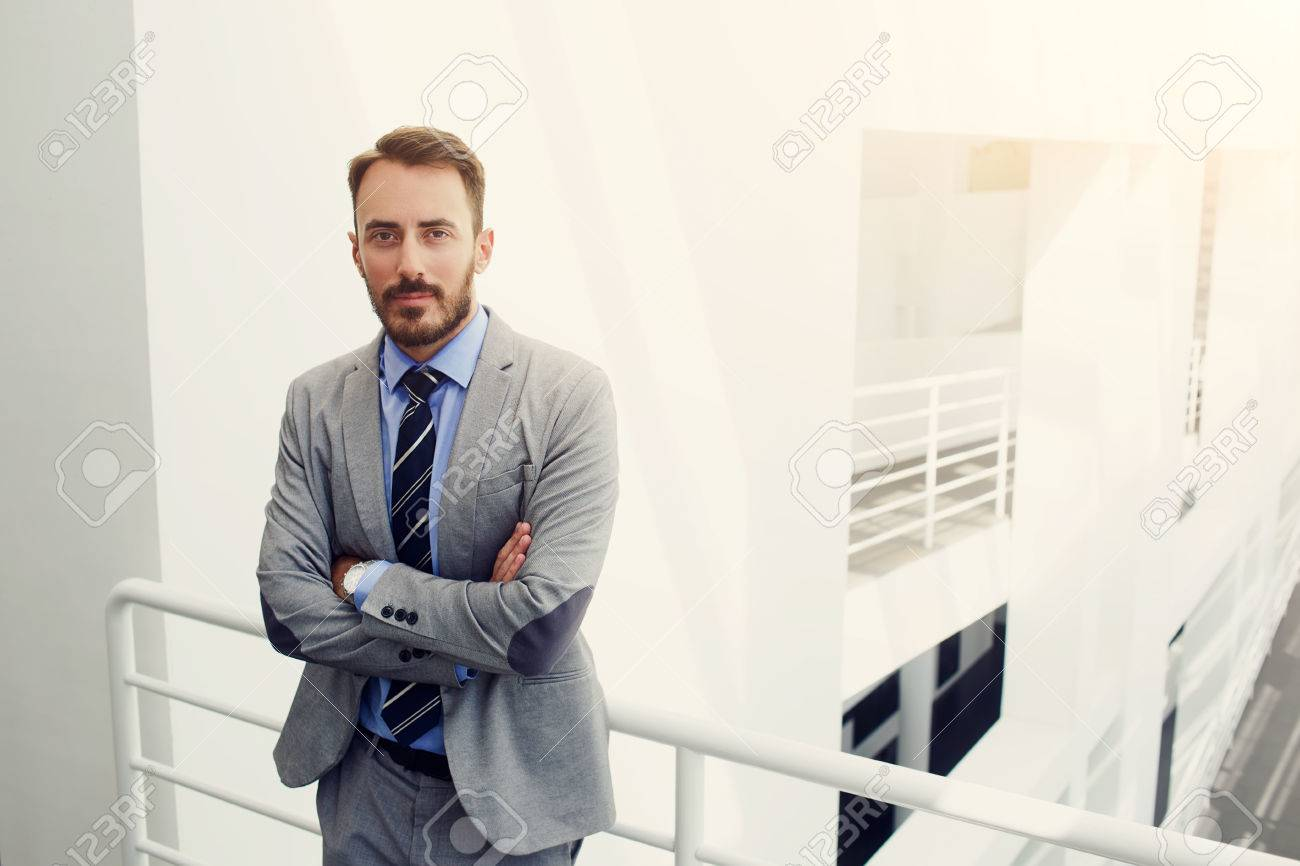 In Professionista Tuta Vestito Immagini Stock Il Giovane Banchiere IEDH29