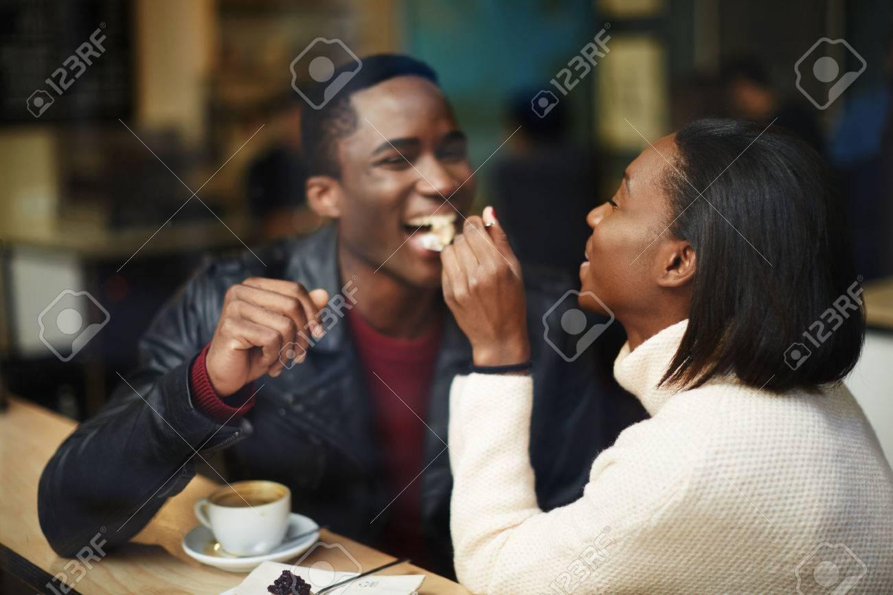Ich bin Dating ein Kerl Weg aus meiner Liga