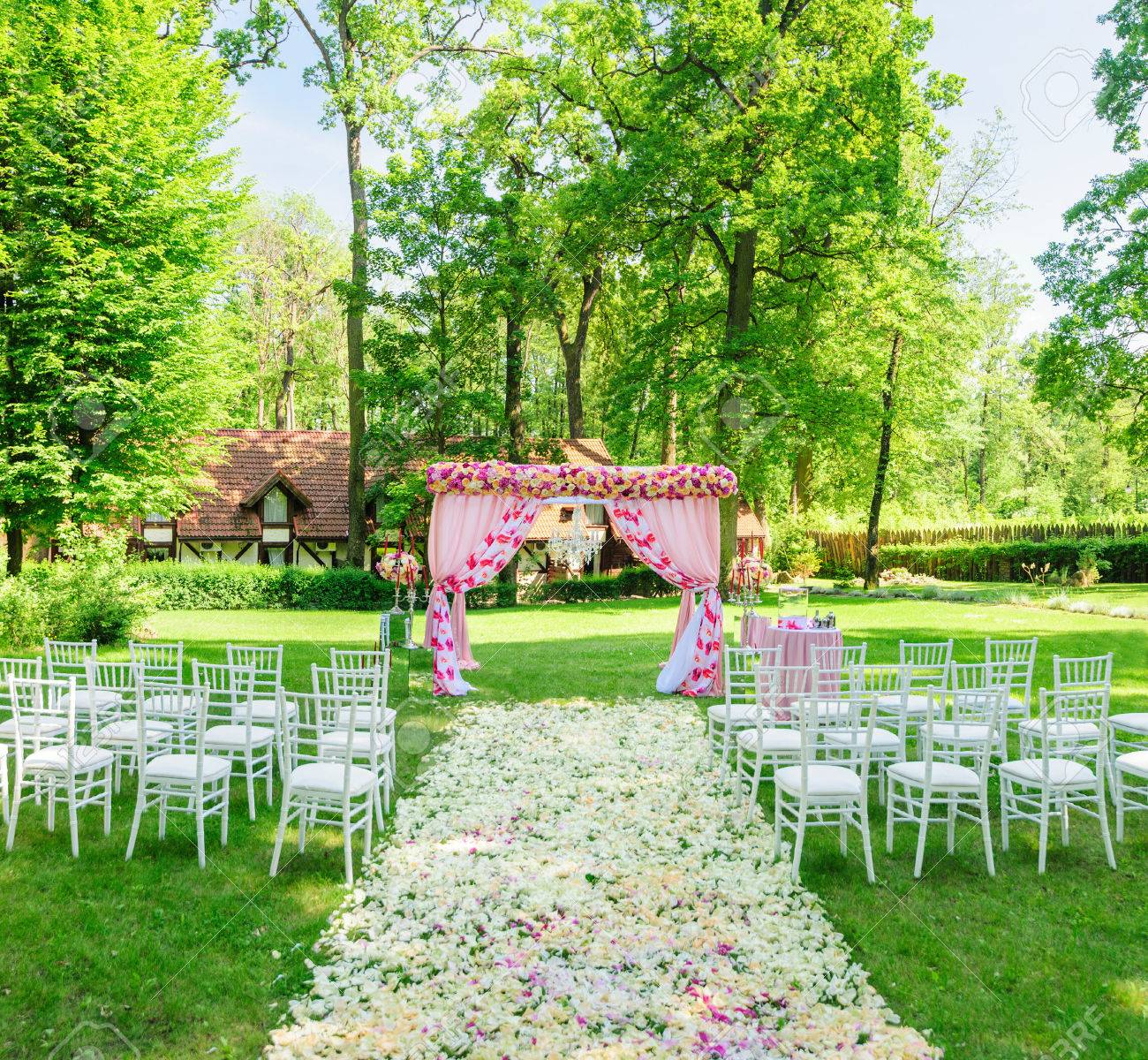 All Is Ready For Elegant Wedding Ceremony In The Summer Garden ...