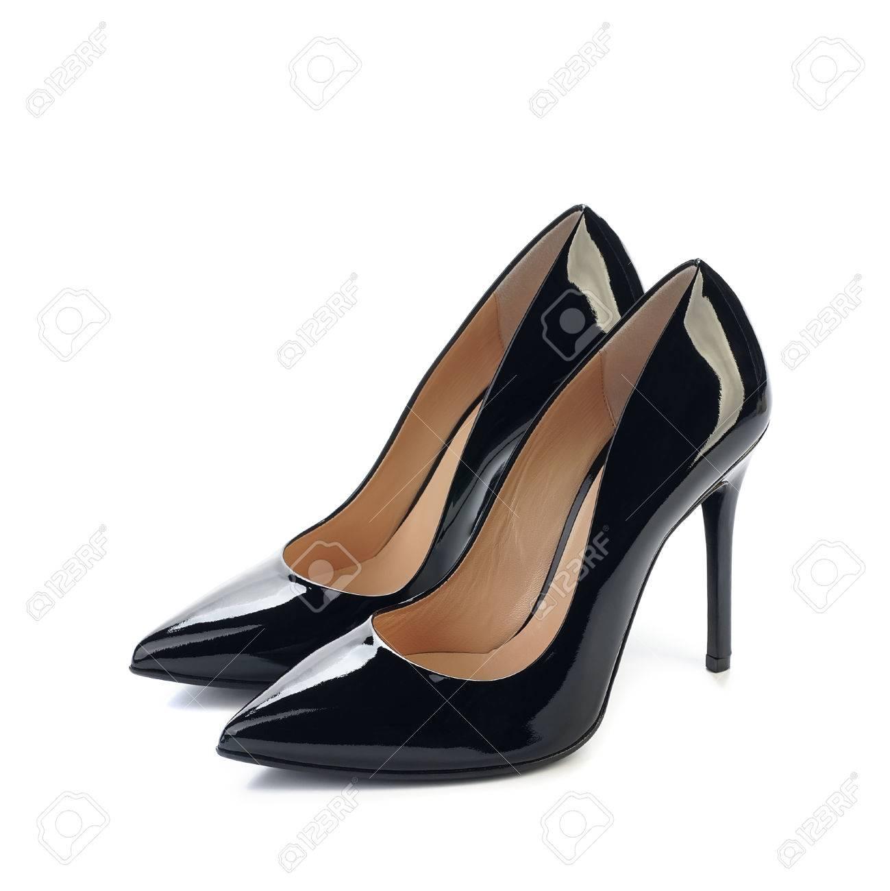 Chaussure Femme Noire à Talons Hauts Isolée Sur Fond Blanc