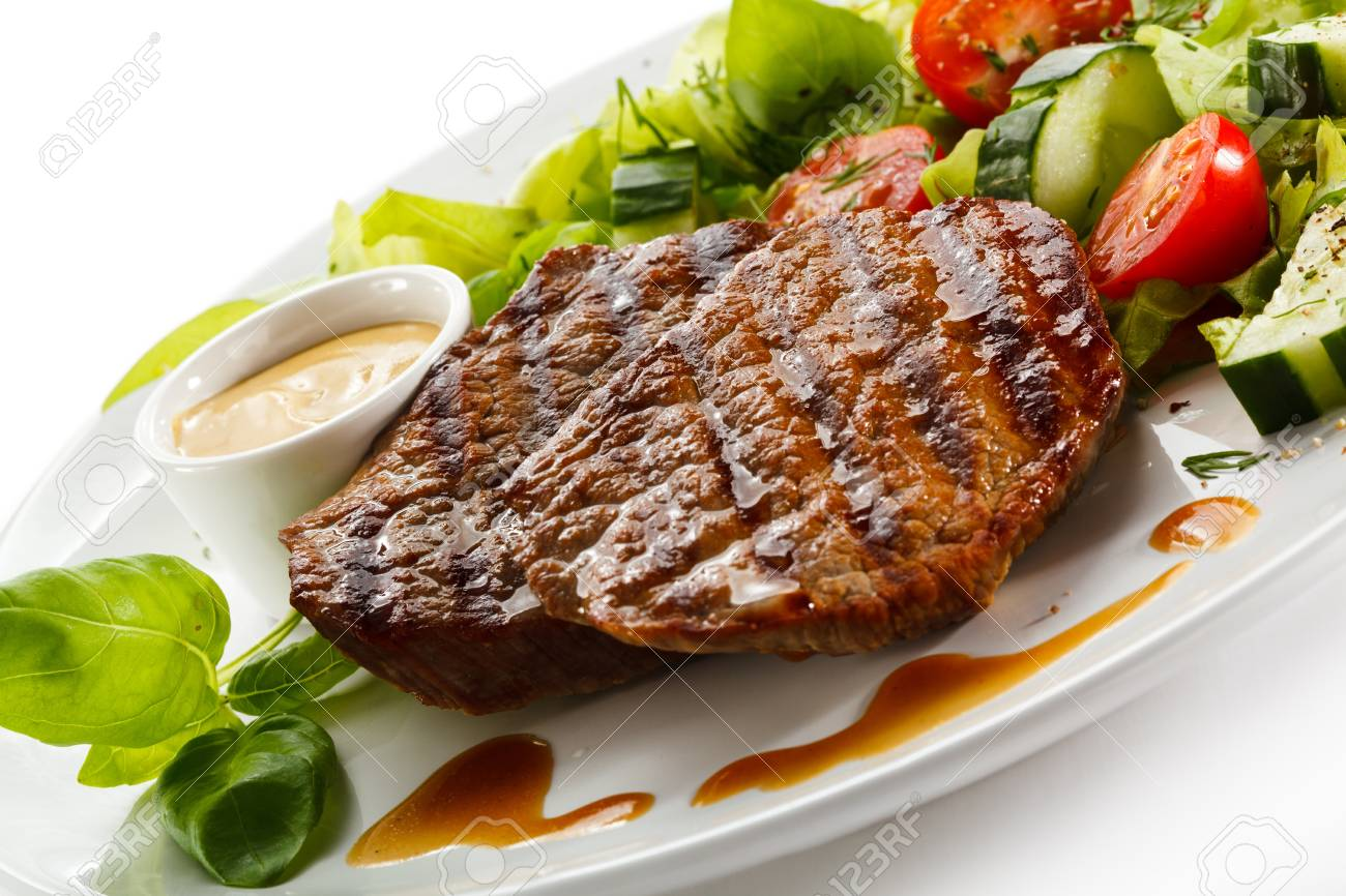 Grilled steaks and vegetables Stock Photo - 15566498