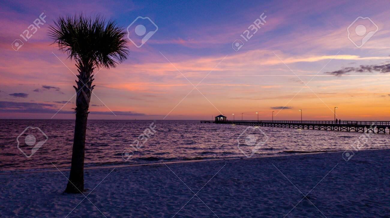 Biloxi Mississippi Beach Stock Photo Picture And Royalty Free