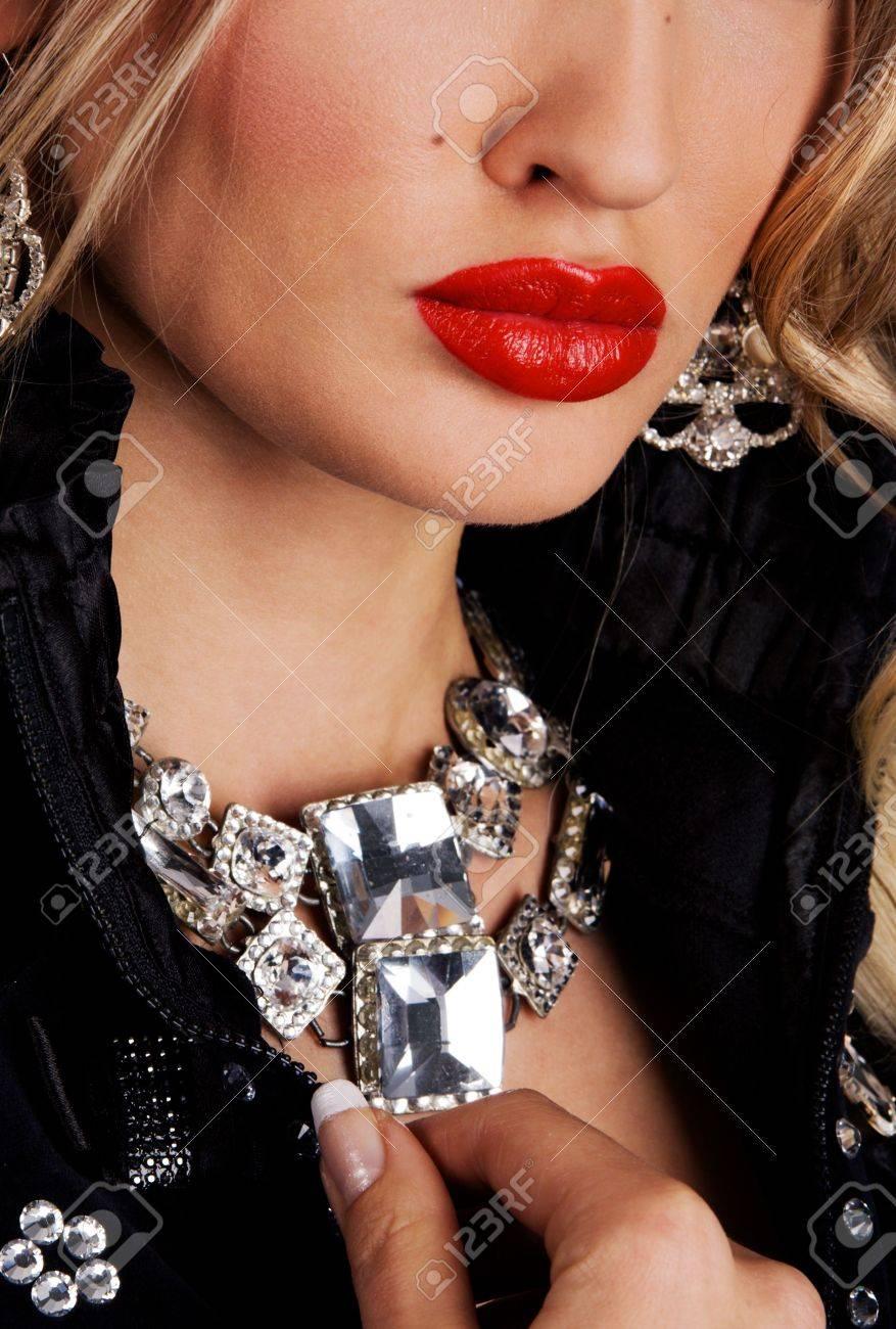 Luxus schmuck   Fashion Model Mit Kreativen Make-up Und Luxus-Schmuck Lizenzfreie ...
