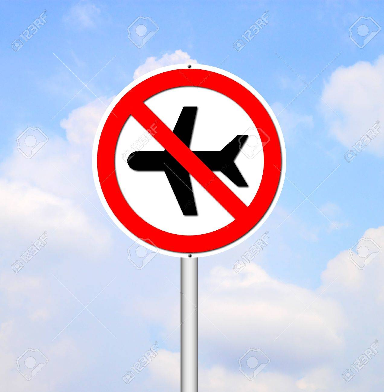 'no flying' sign on blue sky background Stock Photo - 13673032