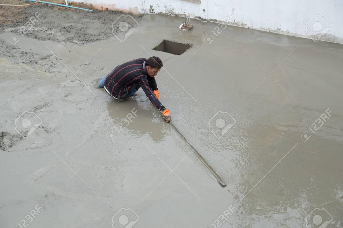 Nakhon Ratchasima Juli 6 Gipser Estrich Beton Fur Boden Im Bau Am