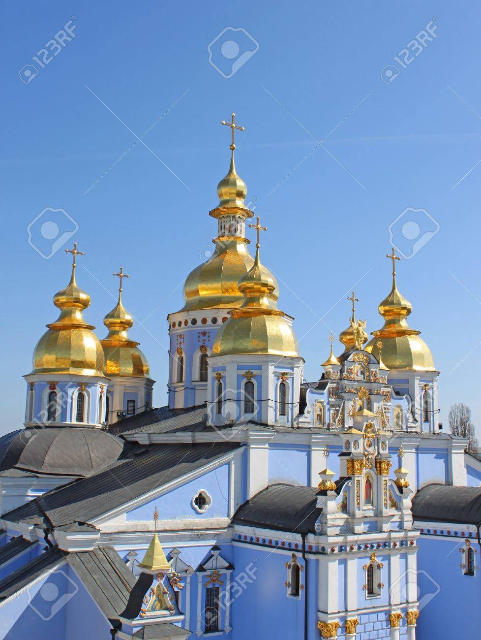 St. Michael's Golden-Domed Monastery - famous church complex in Kiev, Ukraine Stock Photo - 19488162