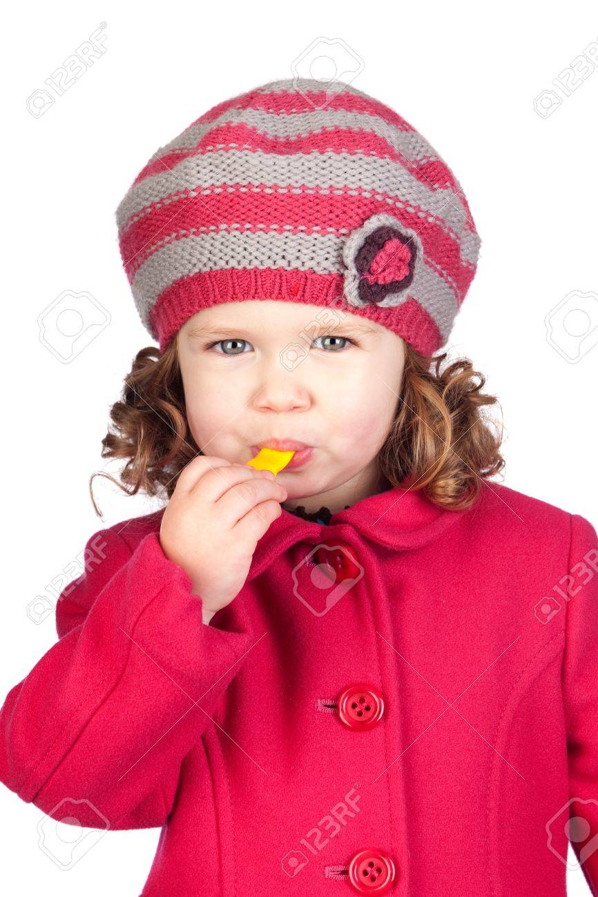 4e363c6ff044 Banque d images - Petite fille souriante avec bonnet de laine isolé sur  fond blanc