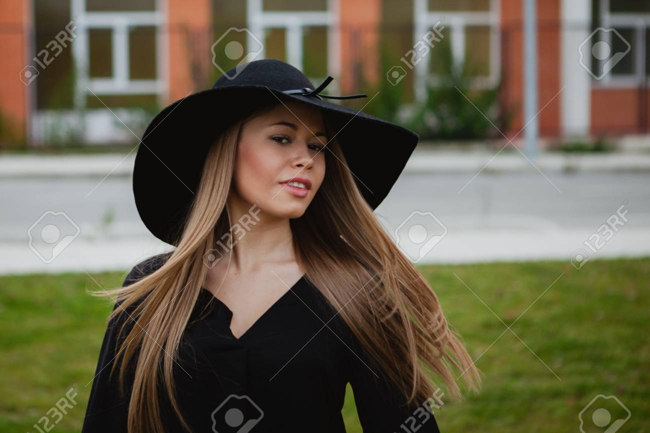 Fashion week Girl stylish images with hat for woman