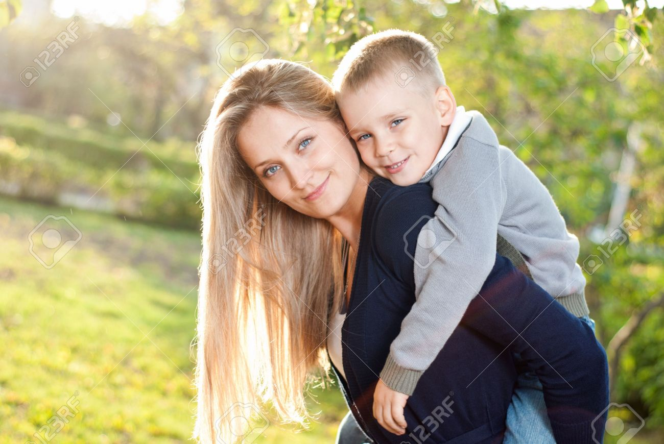 Фотосет мамы с сыном 15 фотография