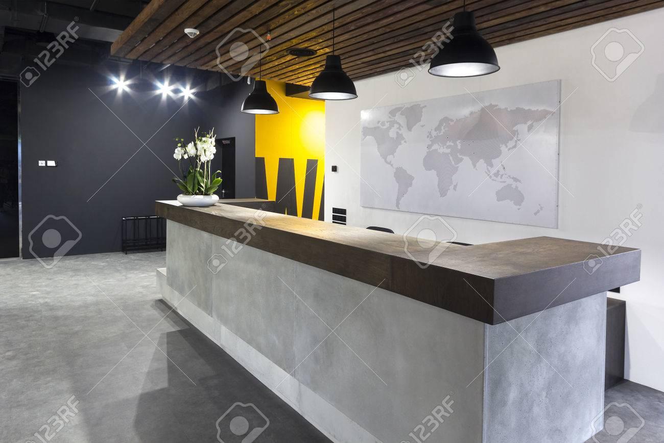 Bureau de réception