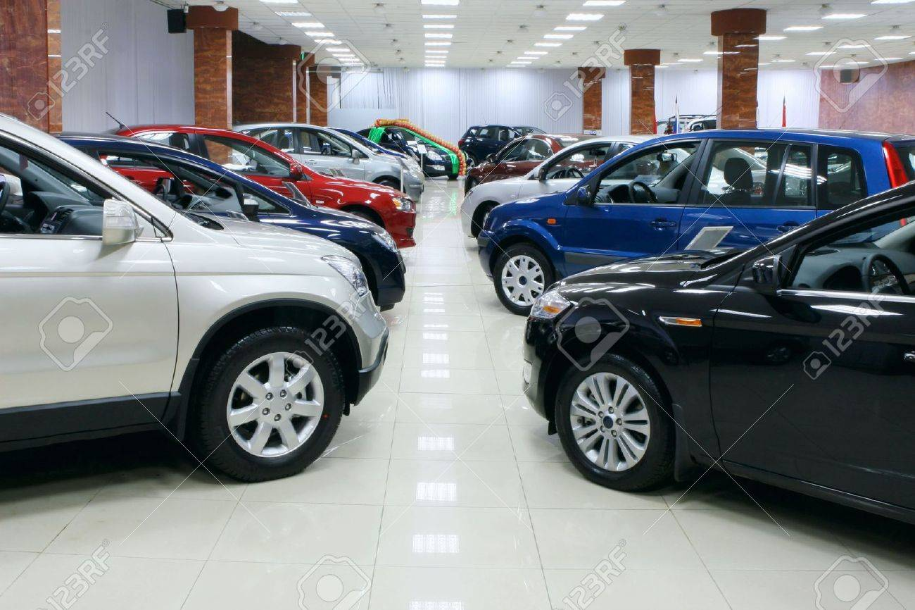 New fuel efficient SUV's on a car dealers lot for sale. Stock Photo - 7078340
