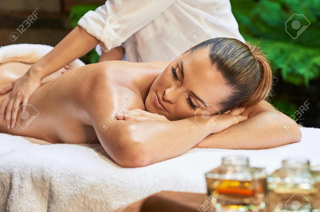 Asian massage therapists — 4