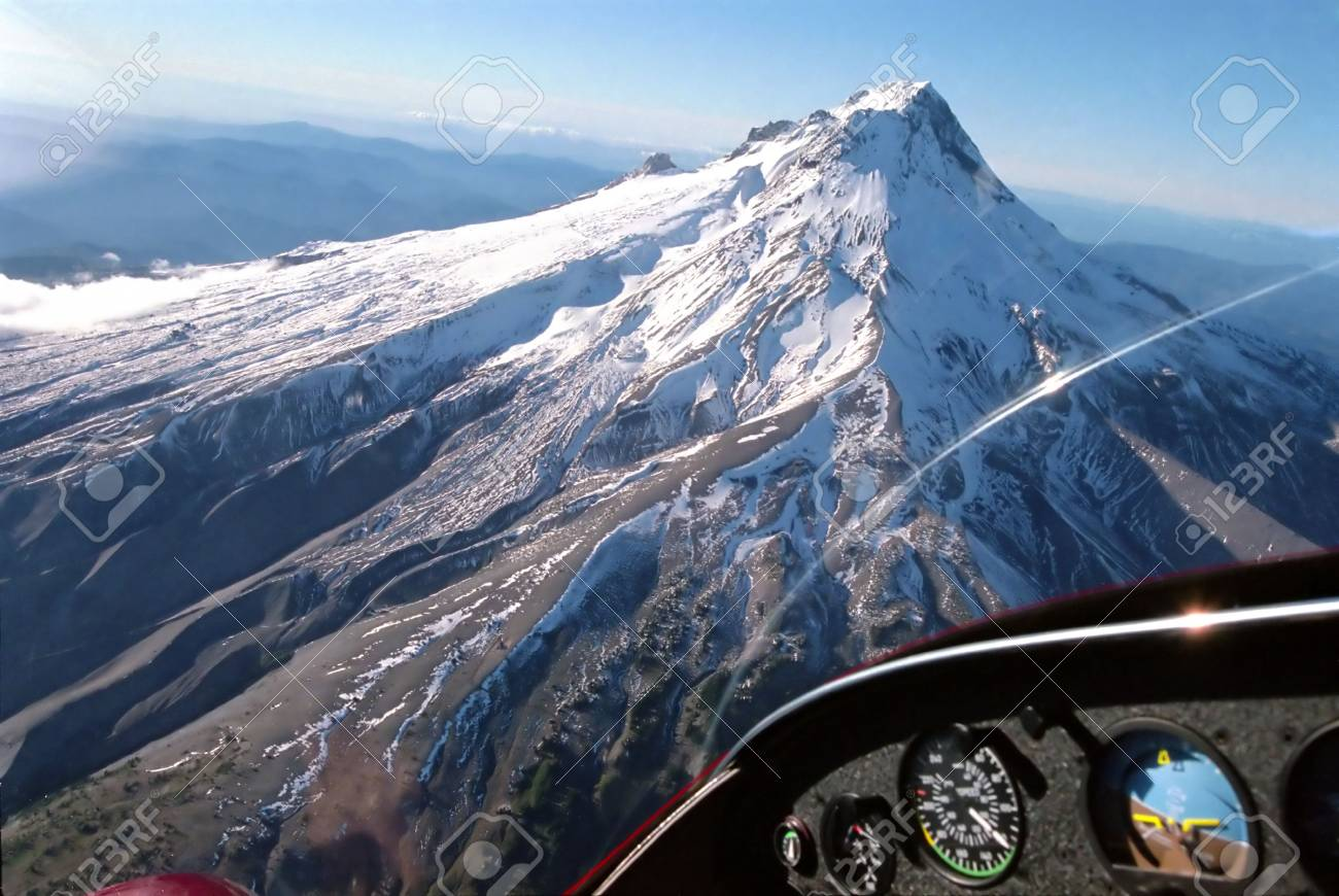 Mountain seen from the cockpit Stock Photo - 3006894