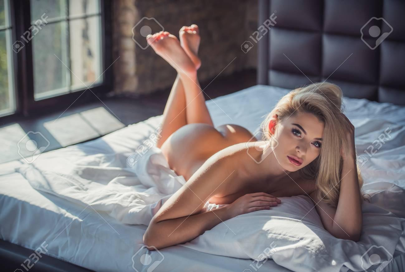fotos de alucard porno
