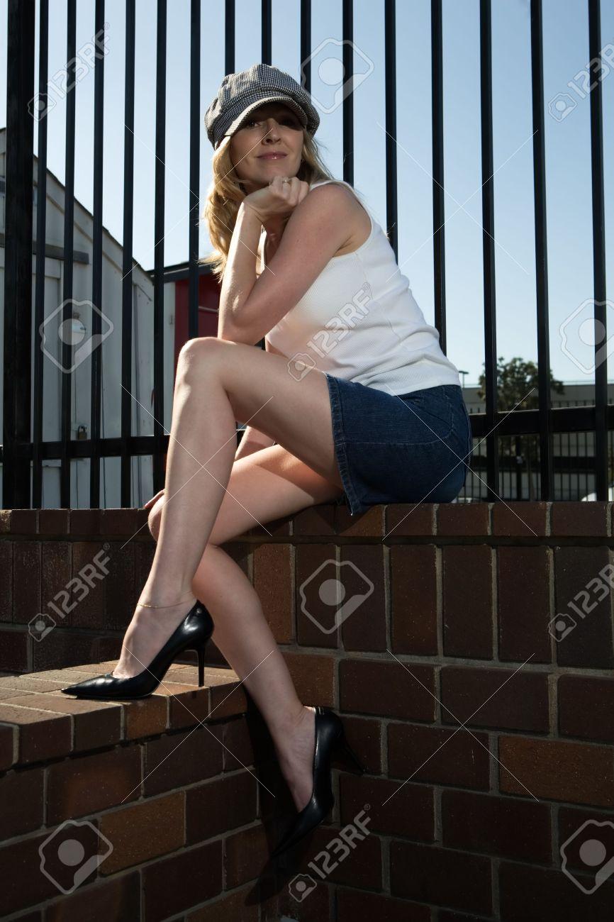 Jambes jupe la mini sexy sous tres