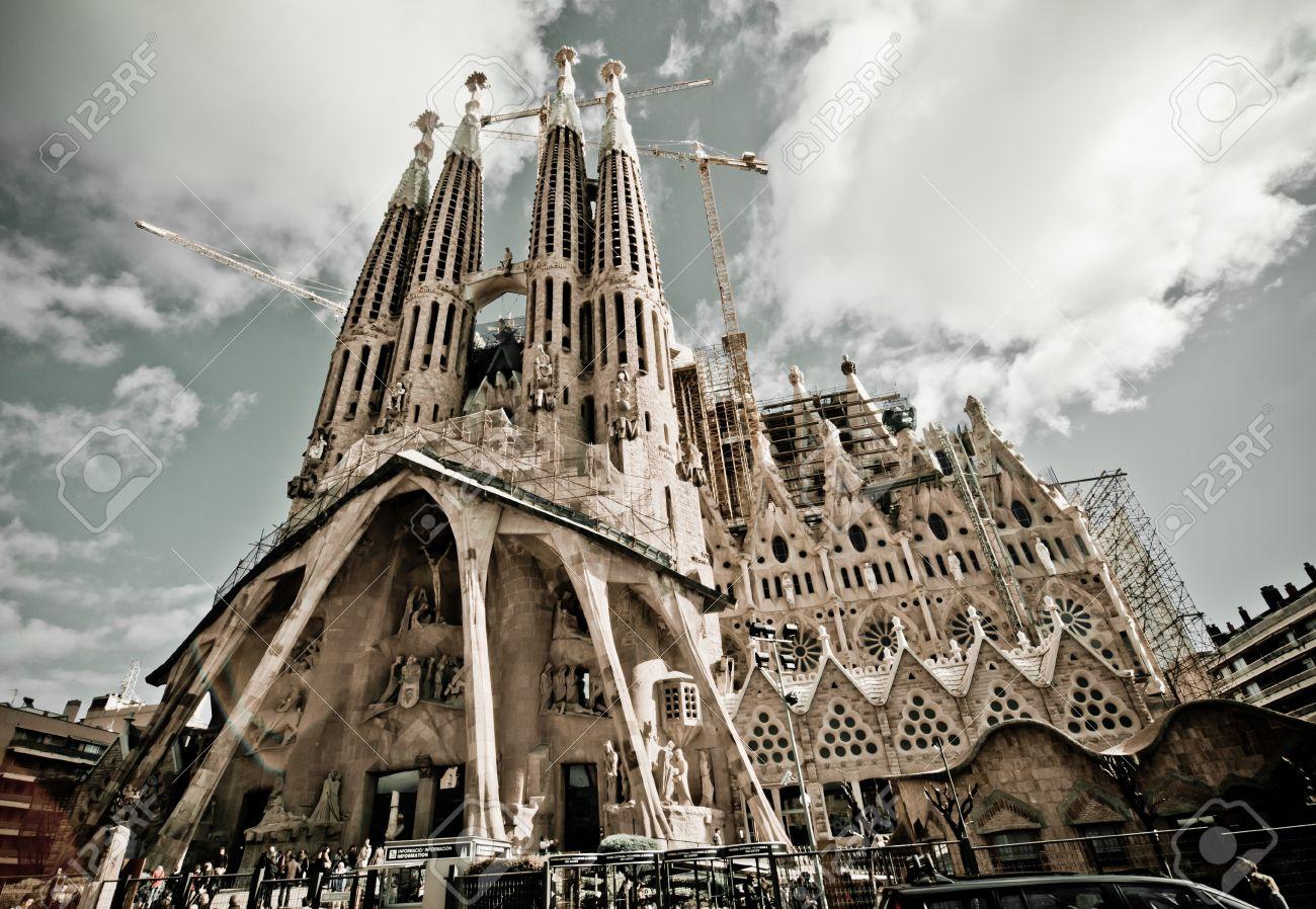 Image result for बार्सिलोना चर्च