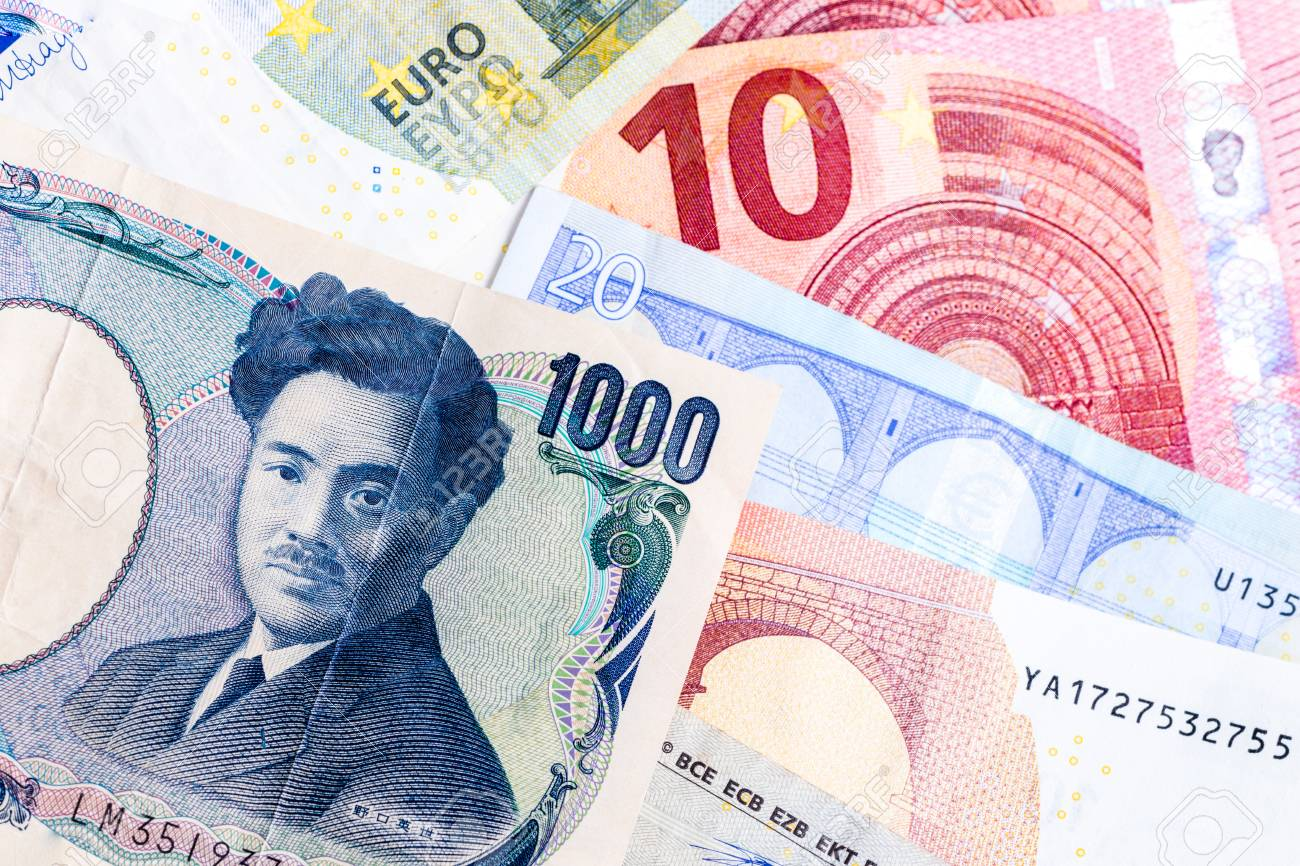 1000 Yen And Euro Bills Background Banco De Imagens Royalty Free