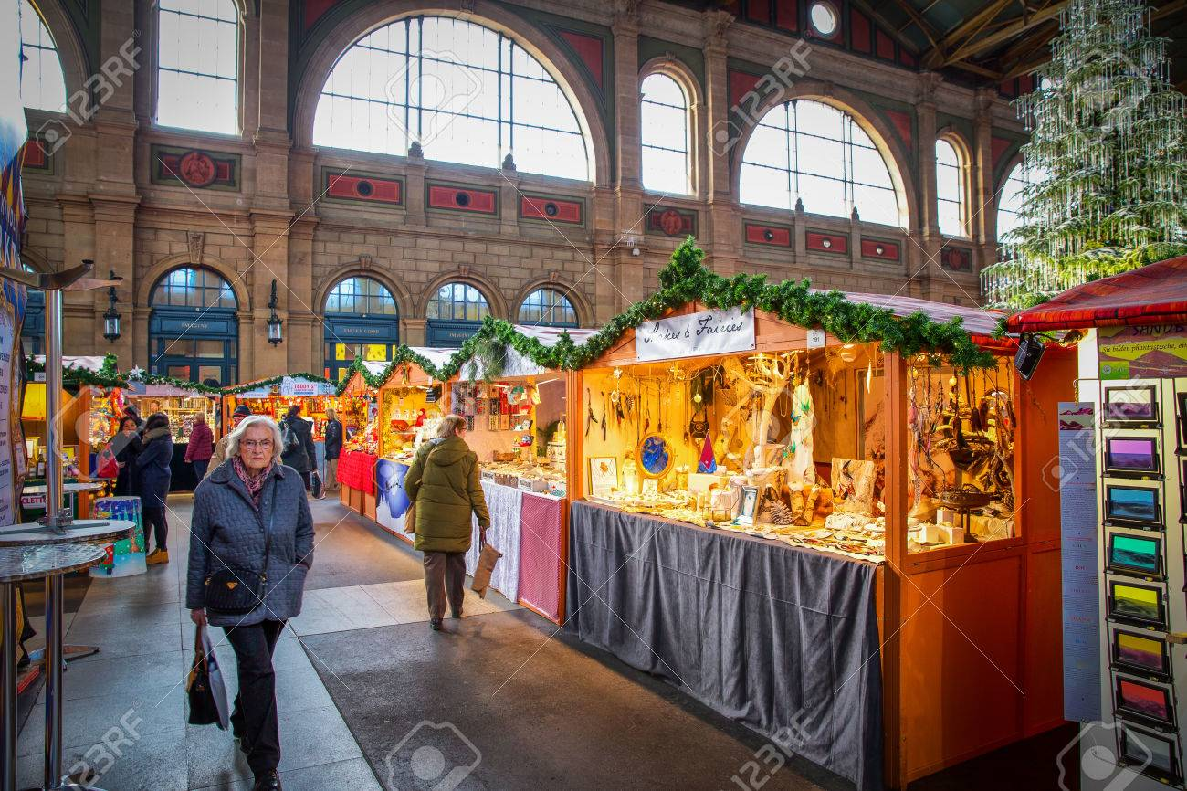 Traditional Christmas Market In Zurich Railway Station With Famous ...