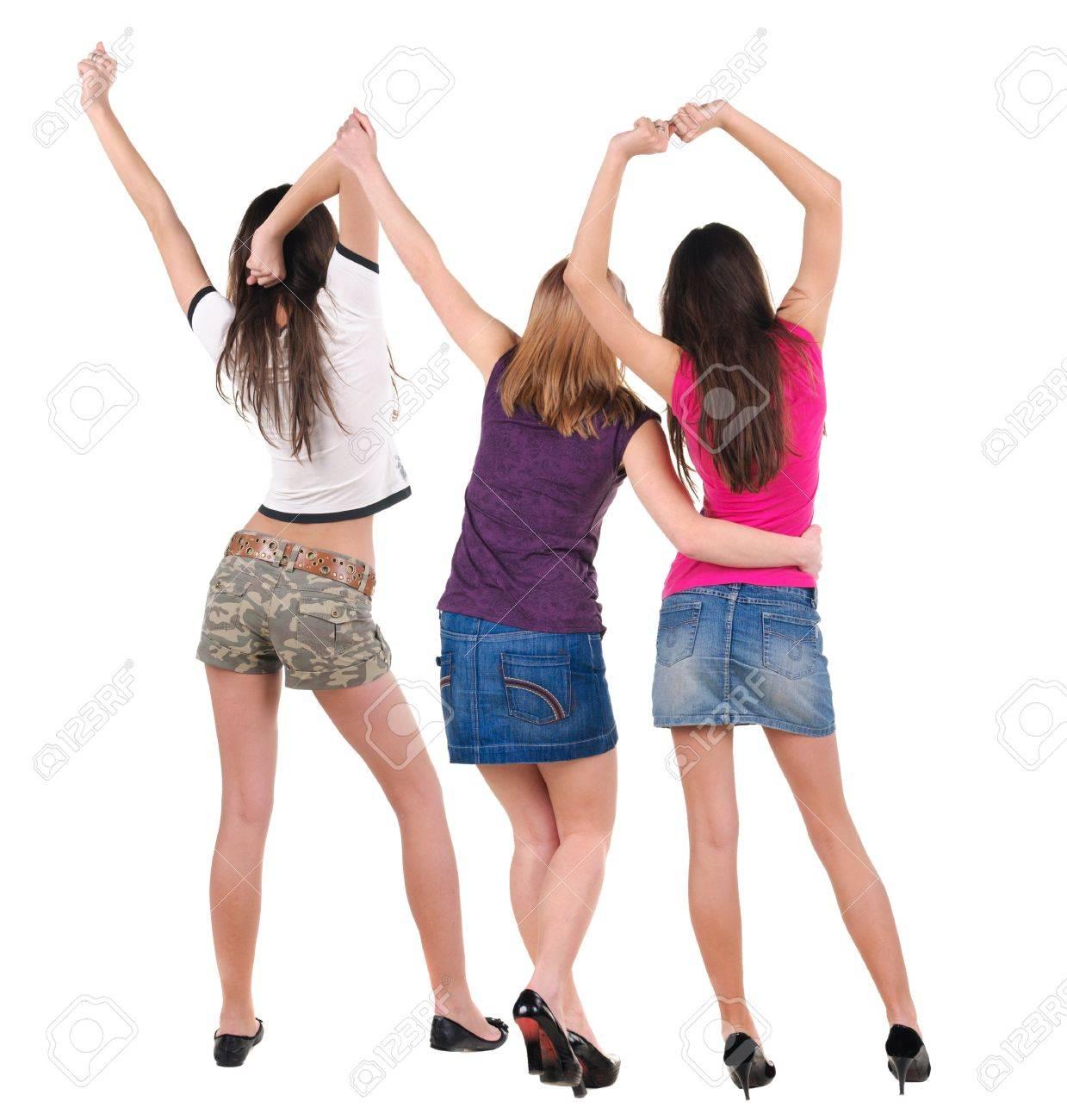 Танцующие молодые девушки 19 фотография