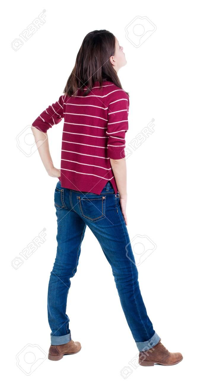 Belle Permanent Pull Rouge En Brune Arrière Du Vue Jeune Femme b76gfy