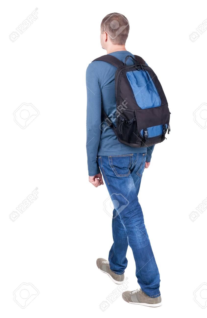 Vue arrière de l'homme qui marche avec sac à dos. Brunette en mouvement. vue arrière de la personne. Collection de personnes vue arrière. Isolé sur