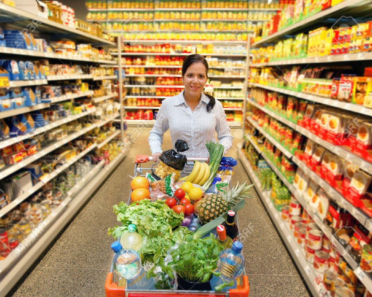 Bilderesultat for woman with shopping basket