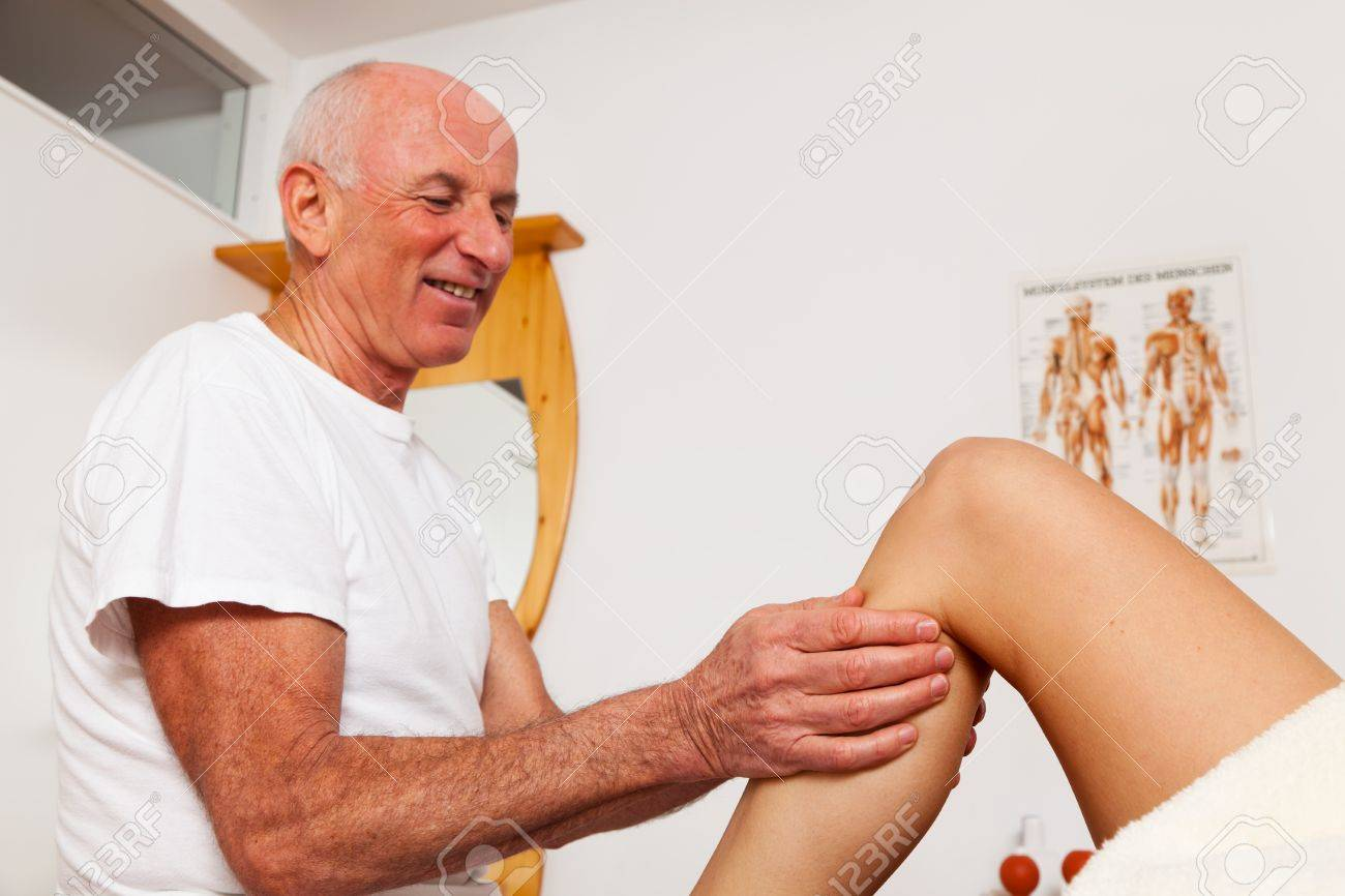 Relaxation, peace and well-being through massage. Lymphatic drainage Stock Photo - 9199372