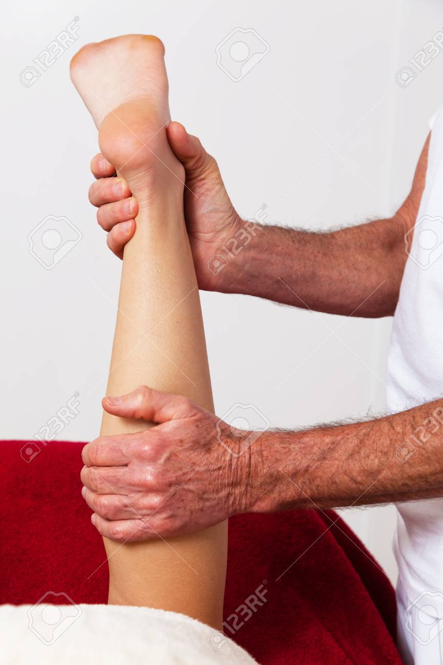 Relaxation, peace and well-being through massage. Lymphatic drainage Stock Photo - 9487000