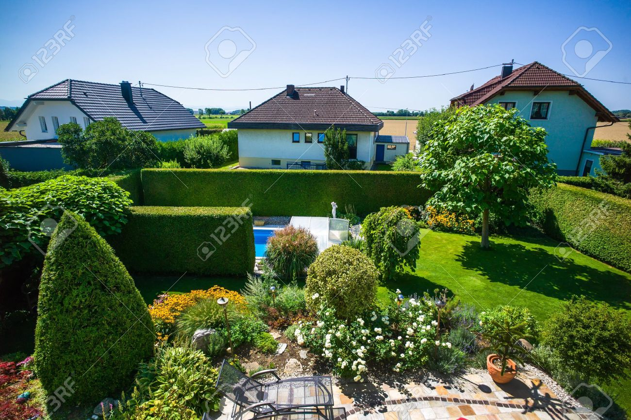 The Garden With A Swimming Pool Of A House Spatial Planning - House with garden and swimming pool