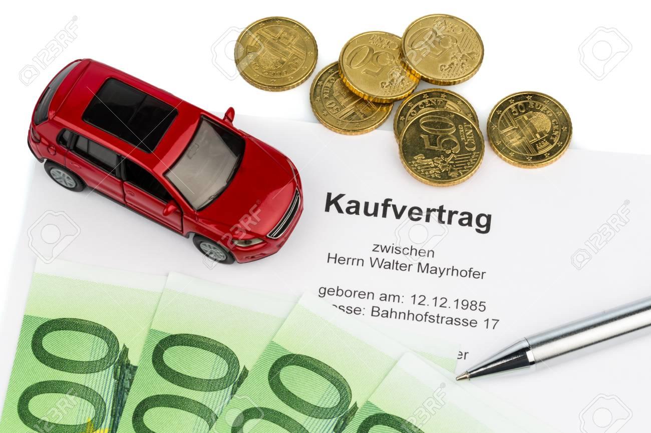 Een Contract Voor De Verkoop Van De Auto Dealer Om Een A A Auto