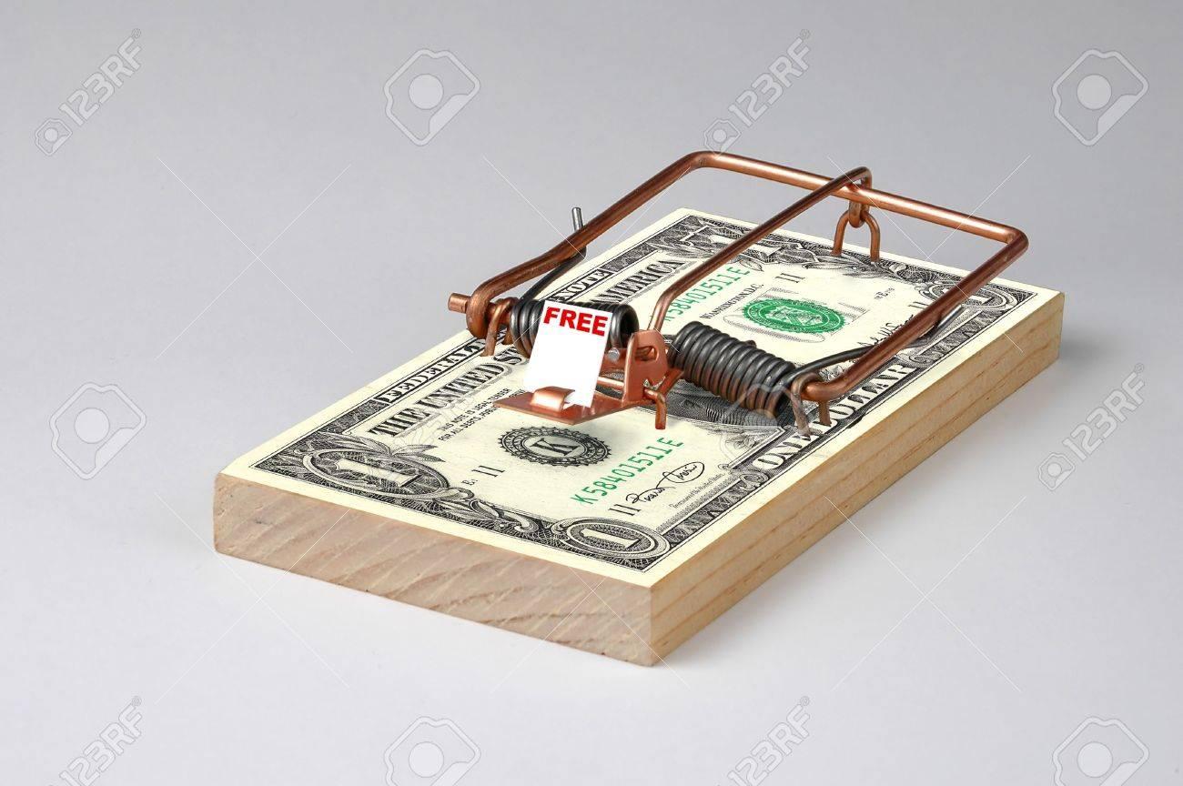 お金マウス トラップの写真 の写真素材・画像素材 Image 491224.