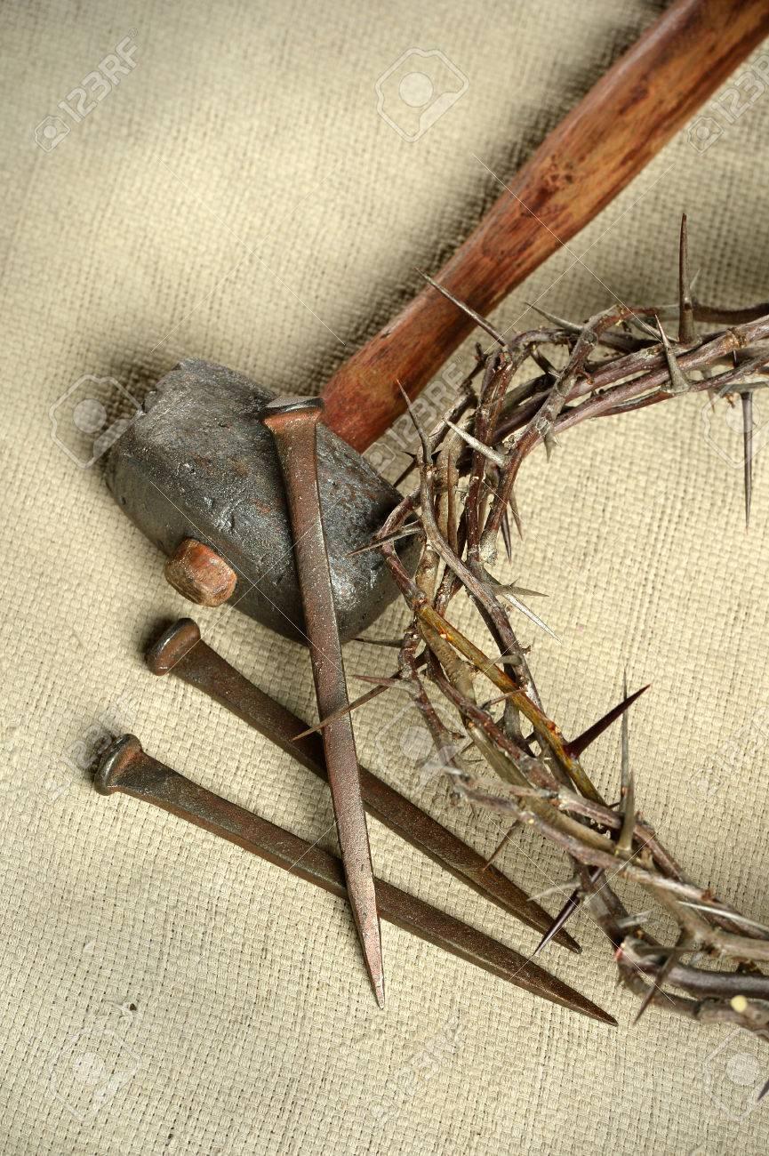 Crucifixión Herramientas Incluyendo La Corona De Espinas Los Clavos