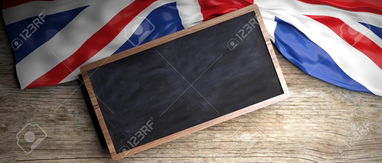 Reino Unido Arrugó La Bandera Colocada En El Fondo De Madera ...