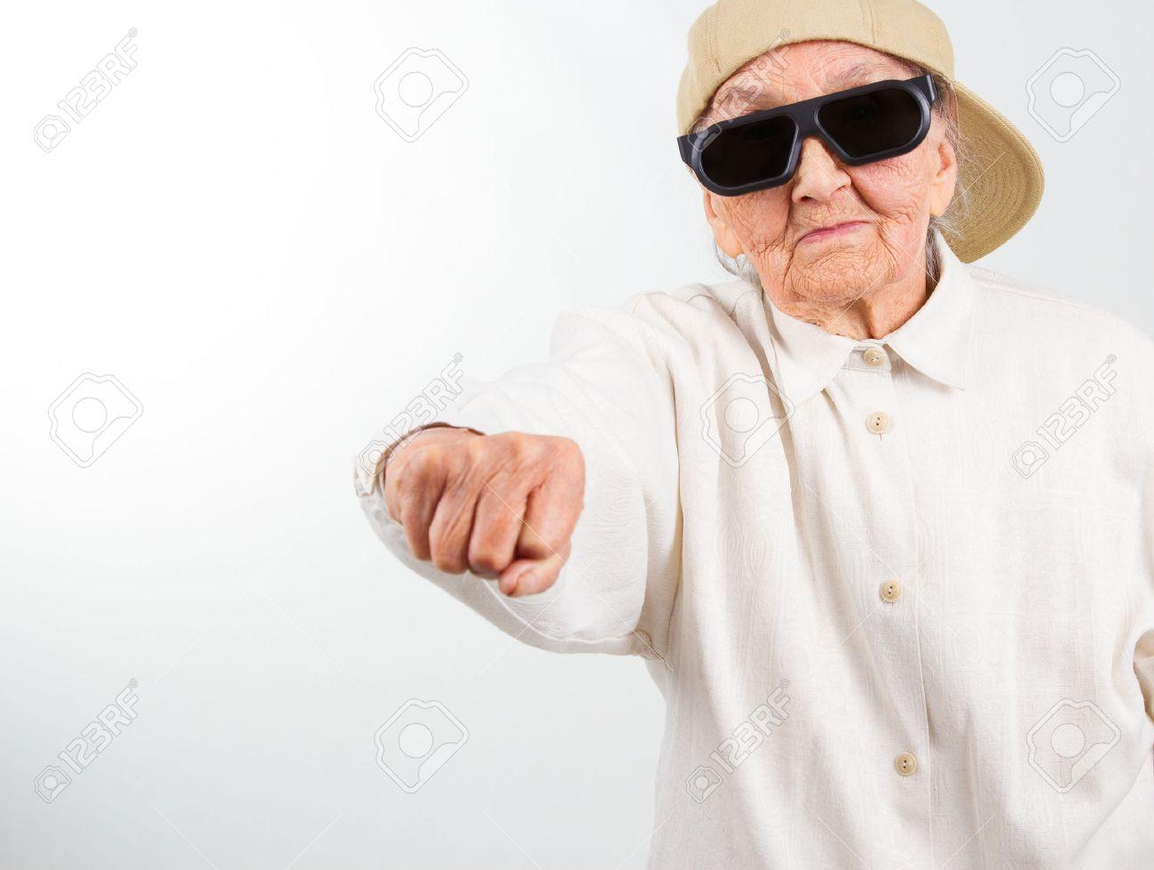 Бабушки фист