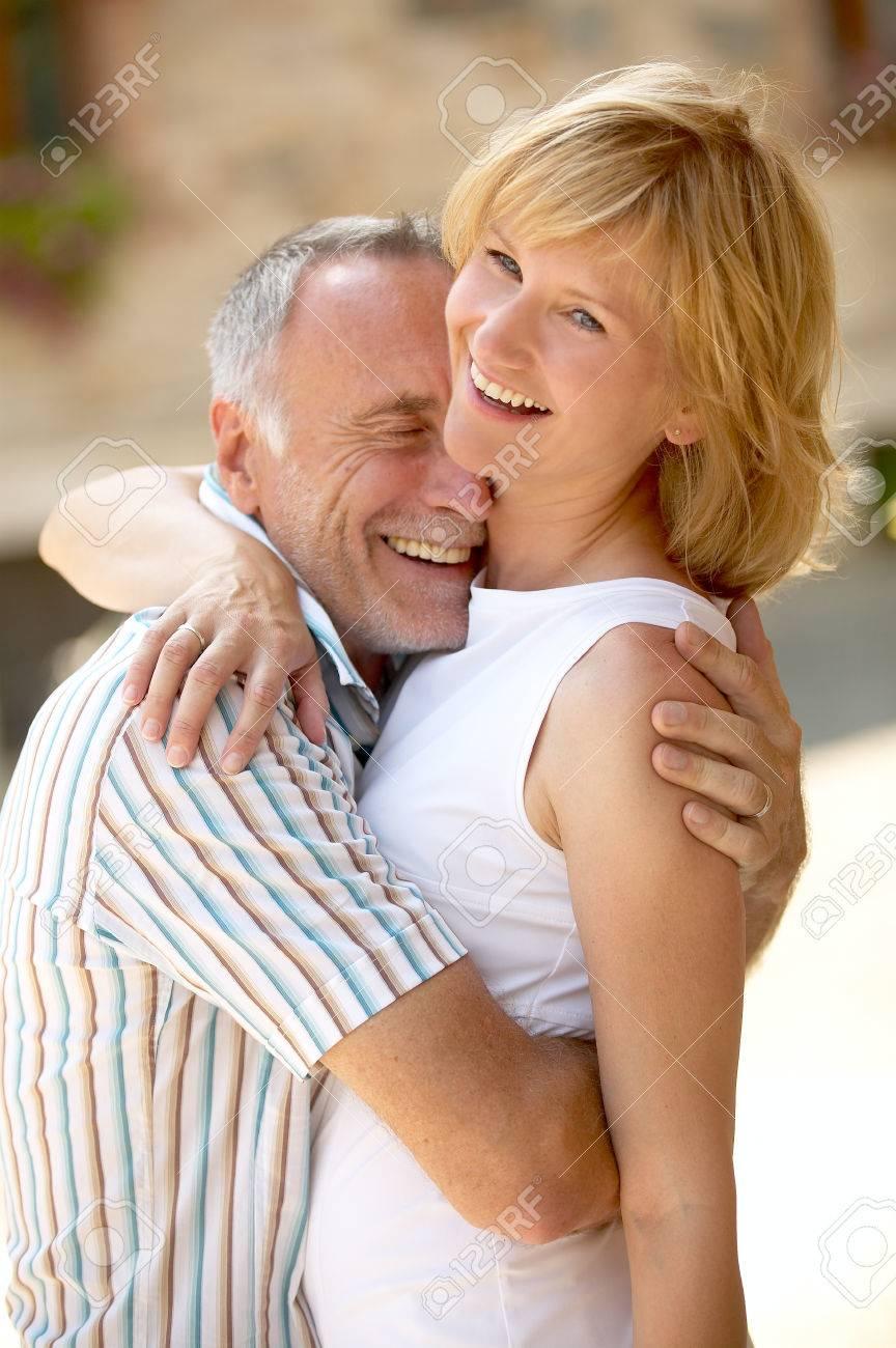 Dating Gap età Hook up negozio online