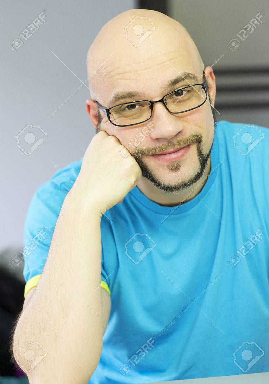 Fashion style Glasses stylish for bald men for woman