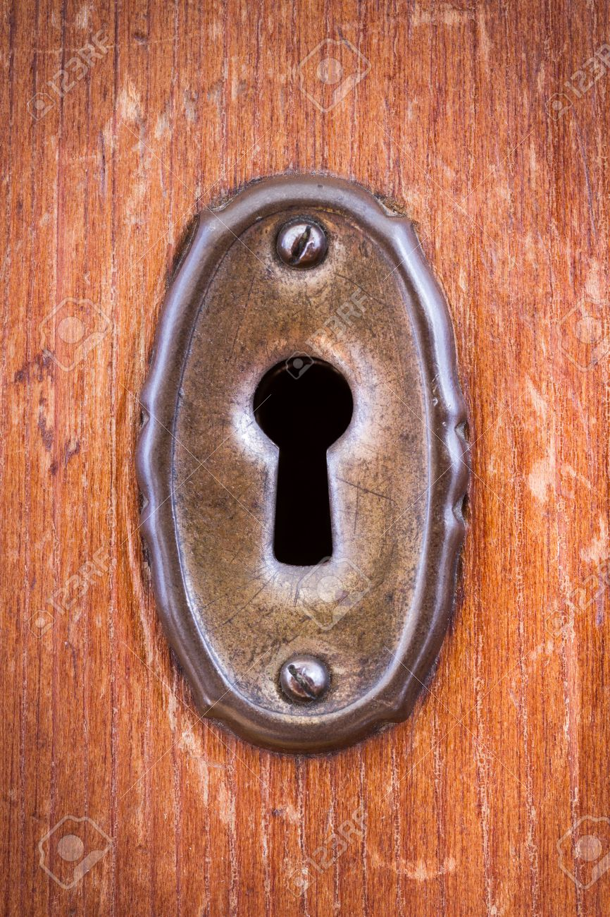 Close-up shot of a scratched keyhole on a wooden door Stock Photo - 34736936 & Close-up Shot Of A Scratched Keyhole On A Wooden Door Stock Photo ...