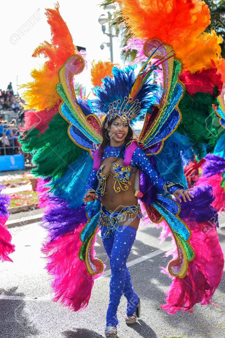 Brazilian dancer dances the samba