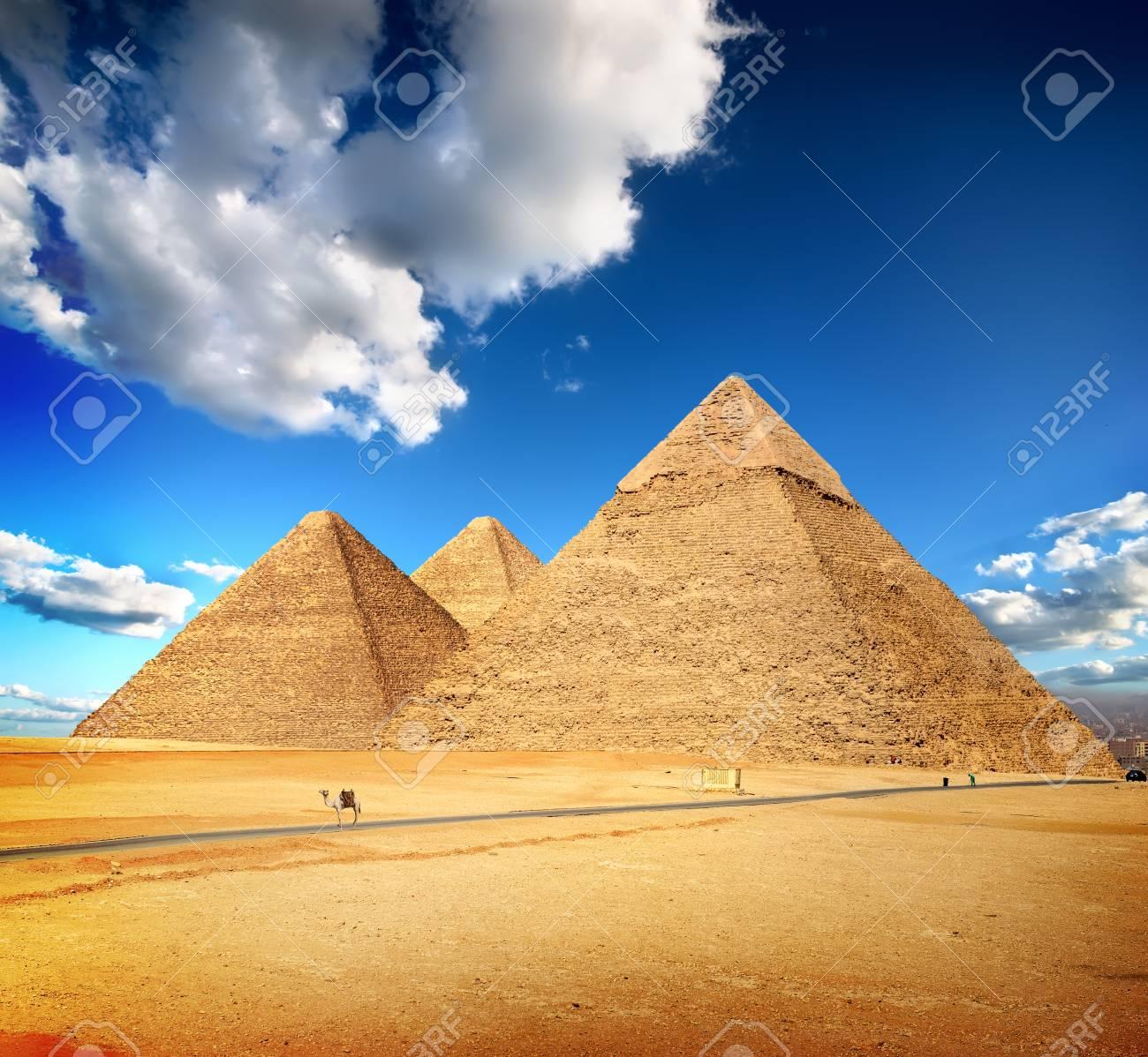Pyramids of Giza - 93413089