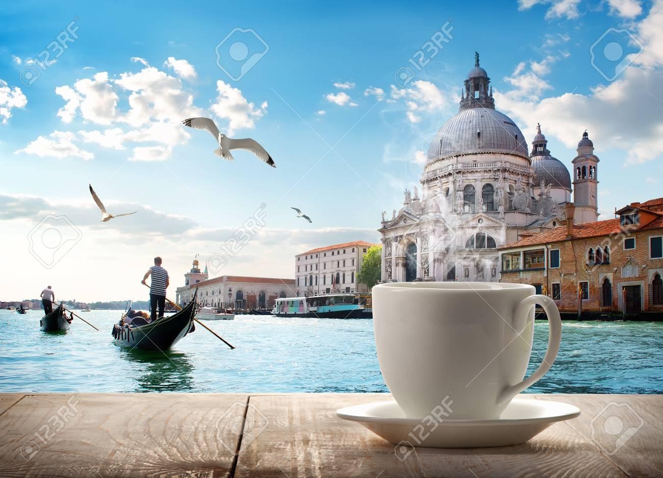 Coffee and Venice - 94427276