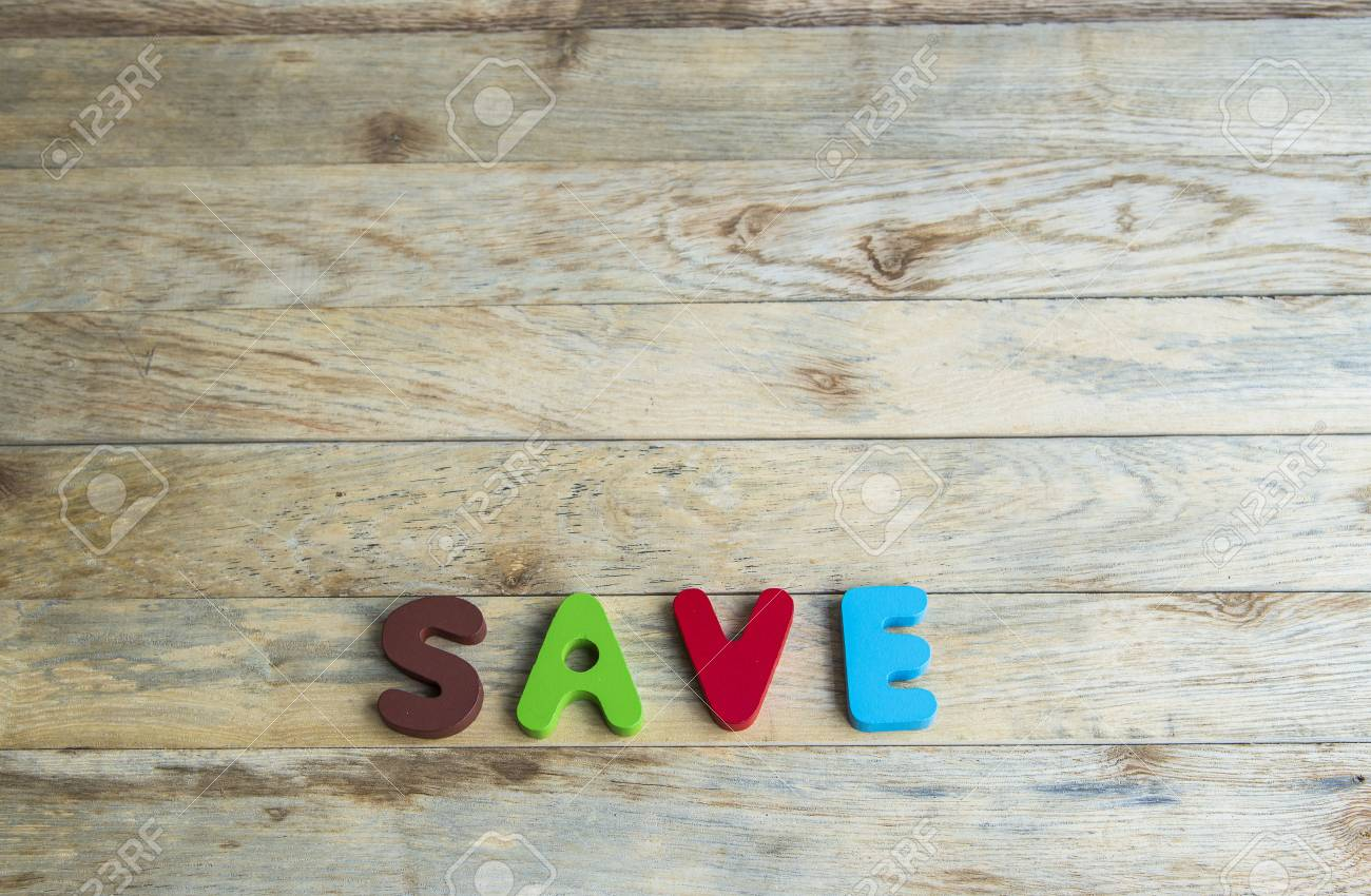 Parole de bois coloré sur Enregistrer dans floor3 bois Banque d'images - 30494280