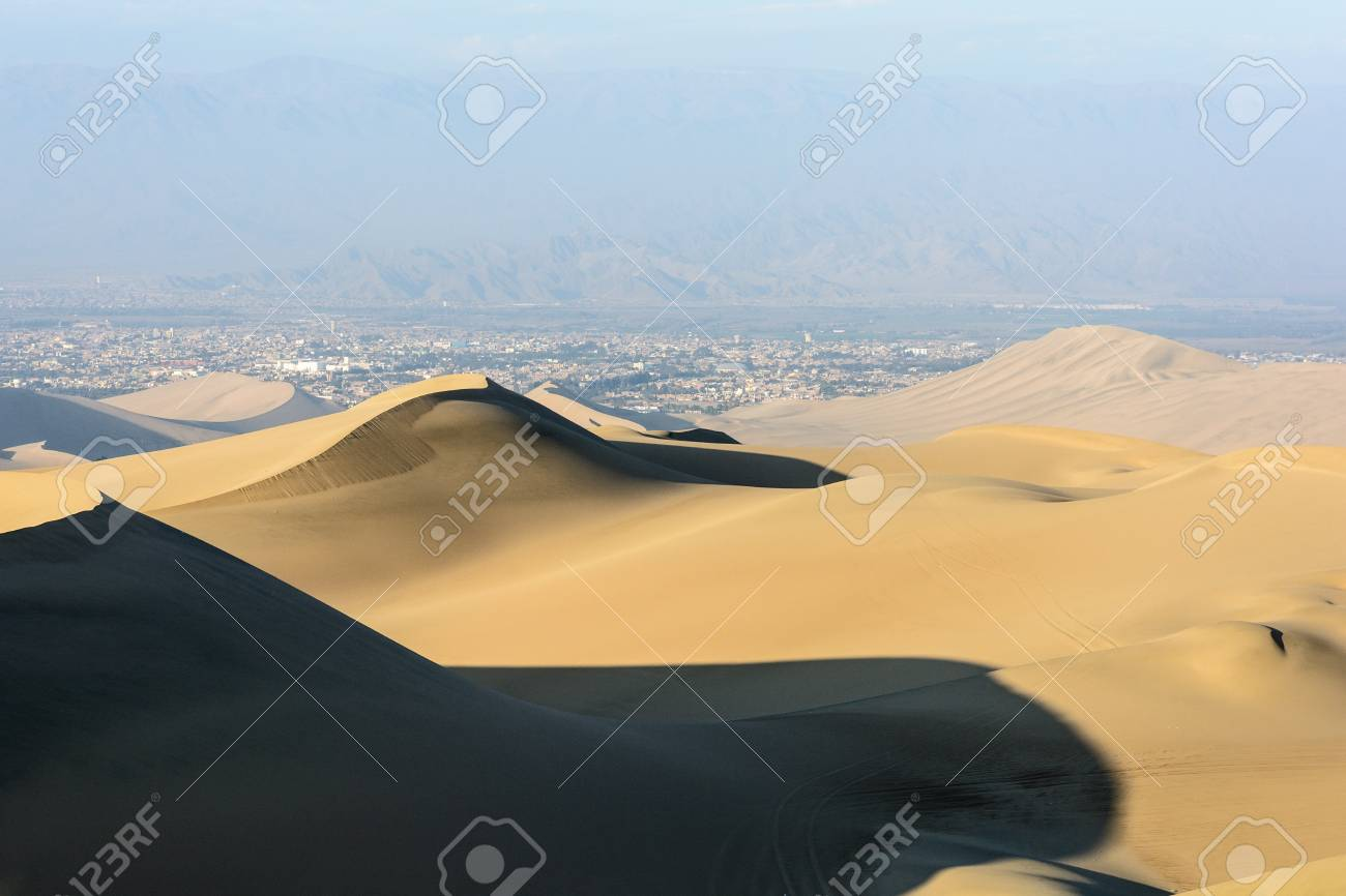 peru ica huacachina wustenbuggy tours are offered from huacachina