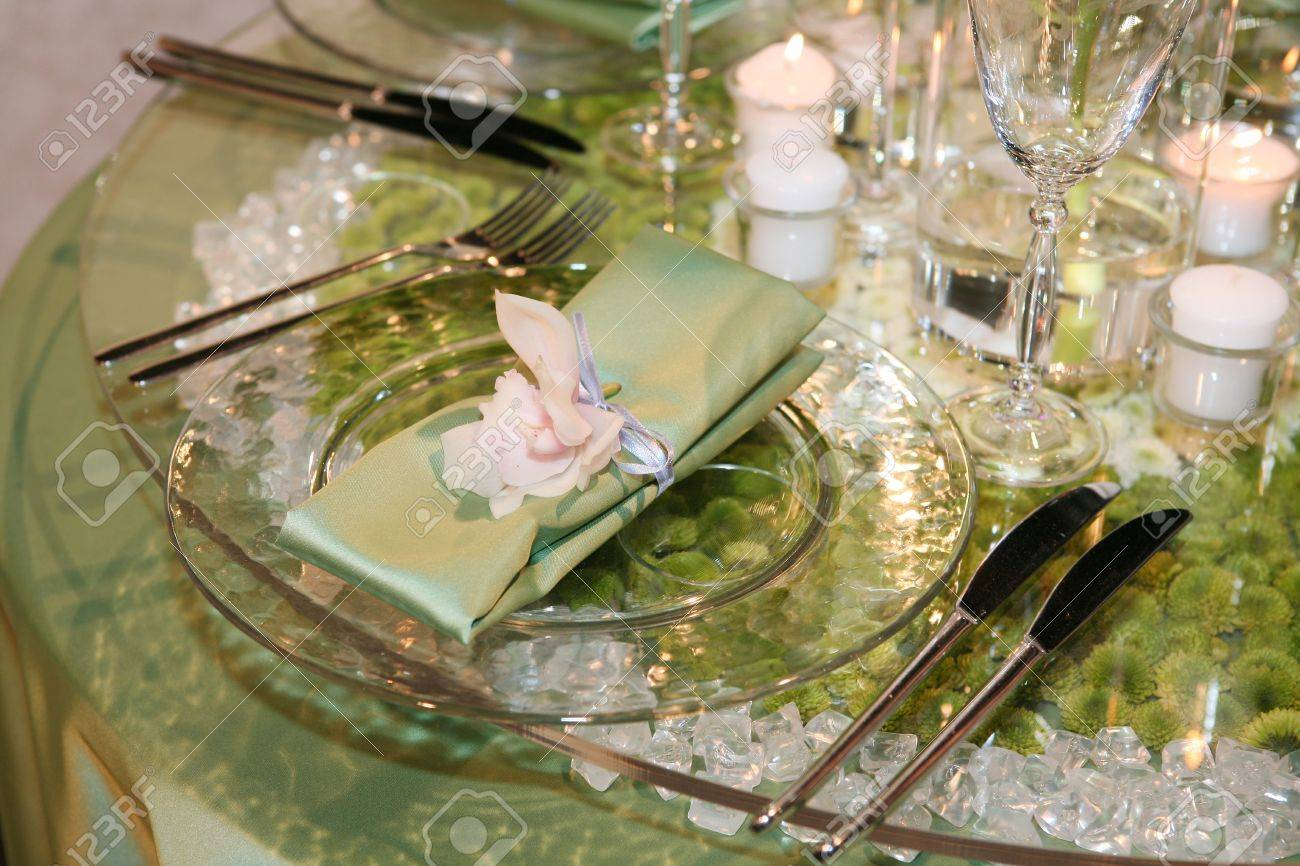 Elegant wedding dinner derved on a glass table Stock Photo - 8773637