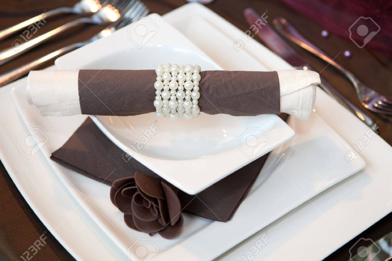 Wedding dinner detail in white and brown Stock Photo - 16123450