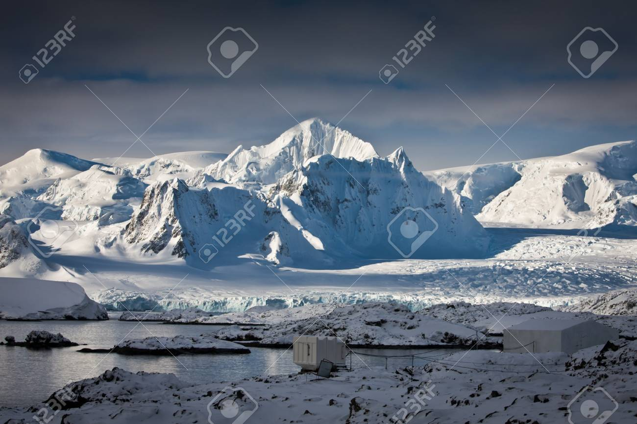 Beautiful snow-capped mountains against the sky Stock Photo - 8130686