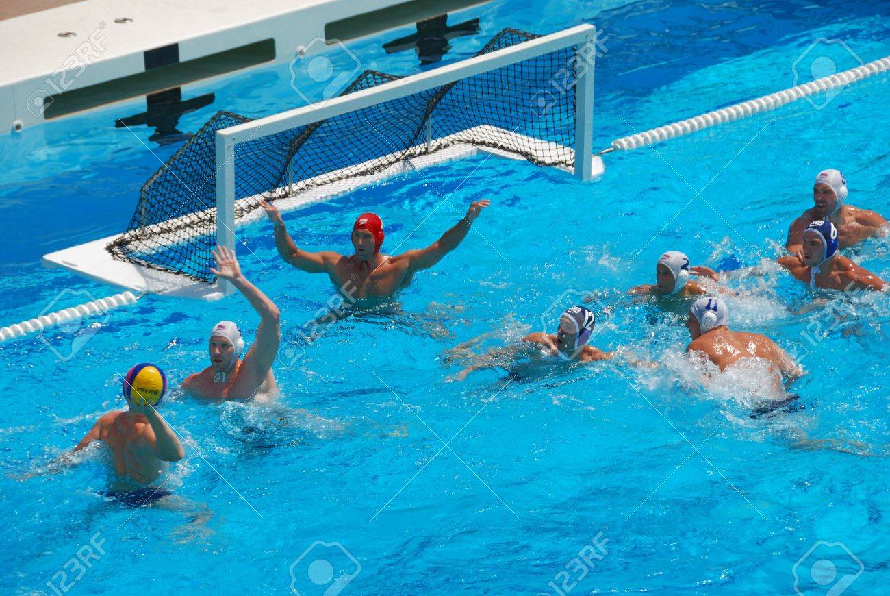 STANFORD, CALIFORNIA - JUNE 7, 2009 : USA:SERBIA friendly waterpolo game at the Avery Aquatic Center. Stock Photo - 6884710